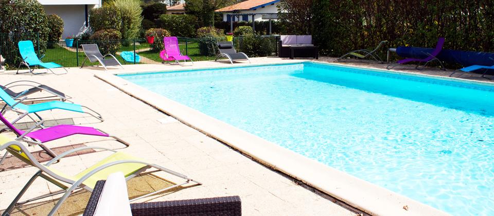 Hotel, pisicne, spa, aire de jeux enfants, entre, Bassin d'Arcachon, et, Lacanau