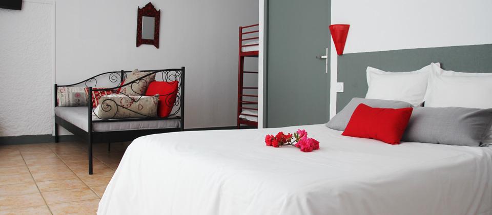 Chambre familiale hotel entre Lacanau et le bassin d'arcachon pas cher proche Cap-Ferret et Ares