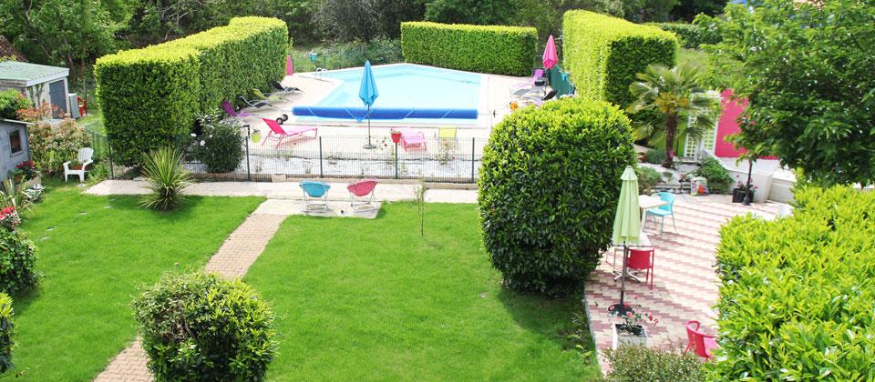 Hotel proche du bassin d 39 arcachon et lacanau avec piscine for Restaurant avec jardin 92